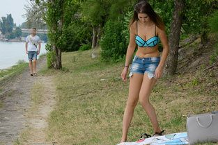 Bikini Brunette's Outdoor Fuck Video & Nicole - Public Pick Ups