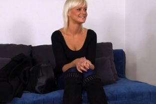 FakeAgent - Mature blonde wants to be a model
