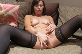 Fake Agent UK - Randy Brunette Takes a Big Facial