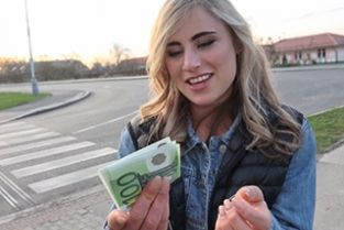 Public Agent - Sexy American blonde sex for cash