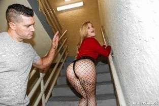 RealityKings - Kali Roses Fucking On The Brink RKPrime