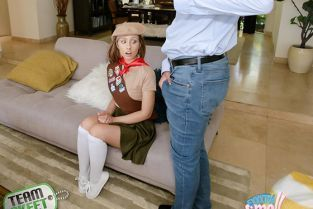 TeamSkeet - Daphne Dare Small And Sexy Sales Pitch ExxxtraSmall