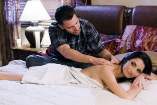 FantasyMassage - Silvia Saige Seducing Dads Wife