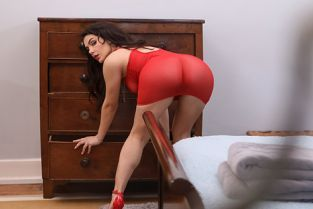 Valentina Nappi Covet Thy Neighbor's Ass BigButtsLikeItBig