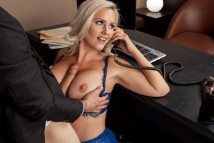 Alena Croft She's A Smooth Operator BigTitsAtWork
