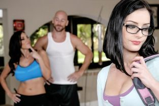 Johnny Sins, Amanda Aimes, Veronica Rayne Kindly Fuck My Stepdaughter [Best of Brazzers]