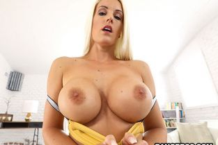 BangBros - Blanche Bradburry Her First Anal Monster Cock! MonstersOfCock
