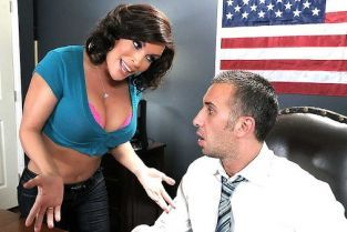 Diamond Foxxx, Keiran Lee Promiscuous Pinko Shares Her Pink Private Property [Best of Brazzers]