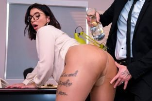 Small Hands, Ivy Lebelle After-Hours Anal [Best of Brazzers]
