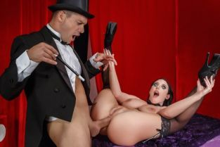 Ramon Nomar, Angela White The Magician's Ass-istant [Best of Brazzers]