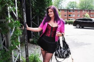JacquieetMichelTV - Mélanie 43, wants to live the J&M experience!
