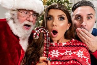 Romi Rain, Keiran Lee Claus Gets To Watch
