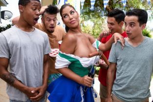 Bridgette B, Ricky Spanish, Lil D It's A Sausage Fest [Best of Brazzers]